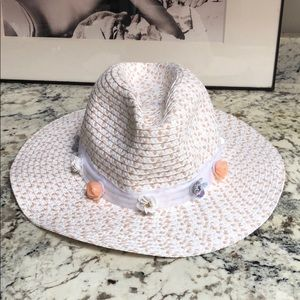 Betsey Johnson hat